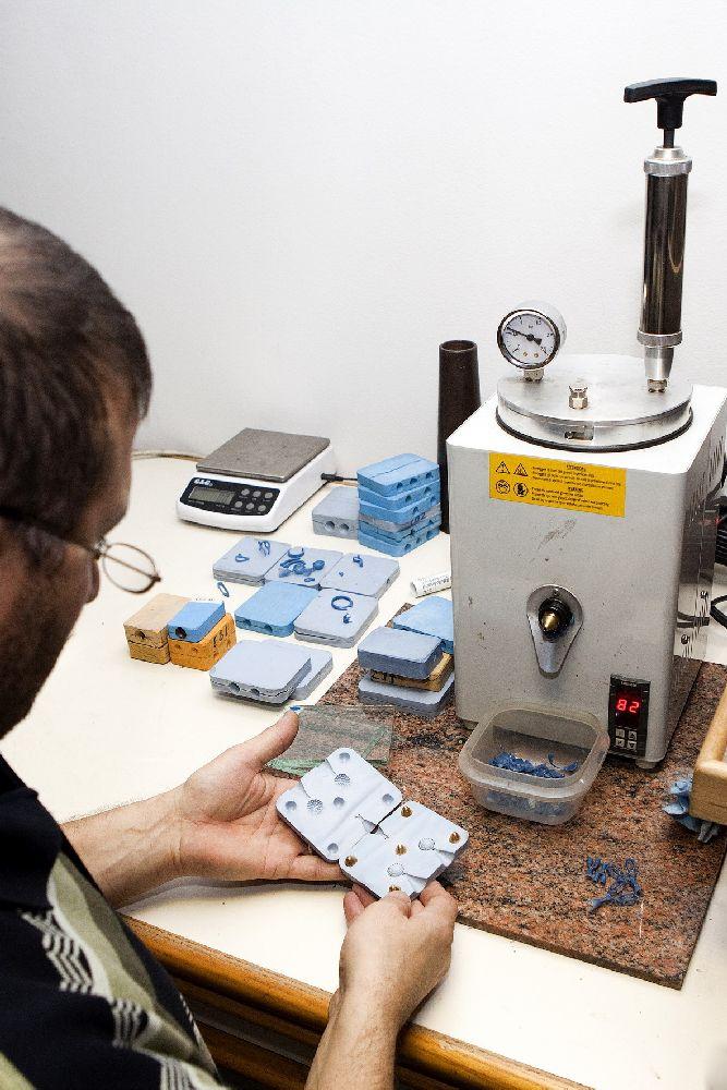 Davman productie juwelen in eigen atelier